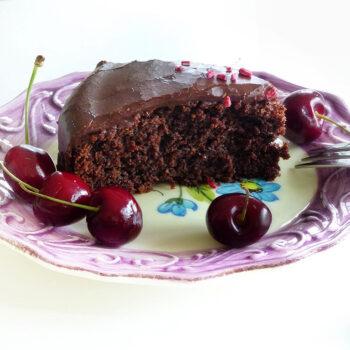 Opskrift på lækker chokoladekage uden æg og mælk