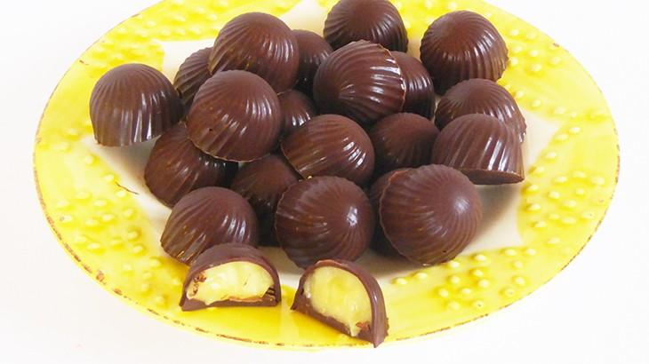 fyldt chokolade med lemon curd