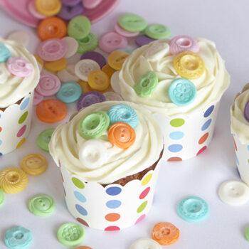 kokos cupcakes med knapper