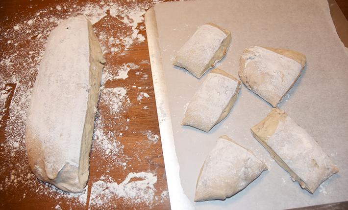 Valnøddeboller lige inden de kommer i ovnen.