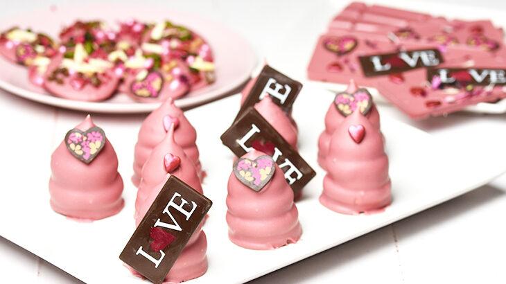 Flødeboller med lakrids og ruby chokolade