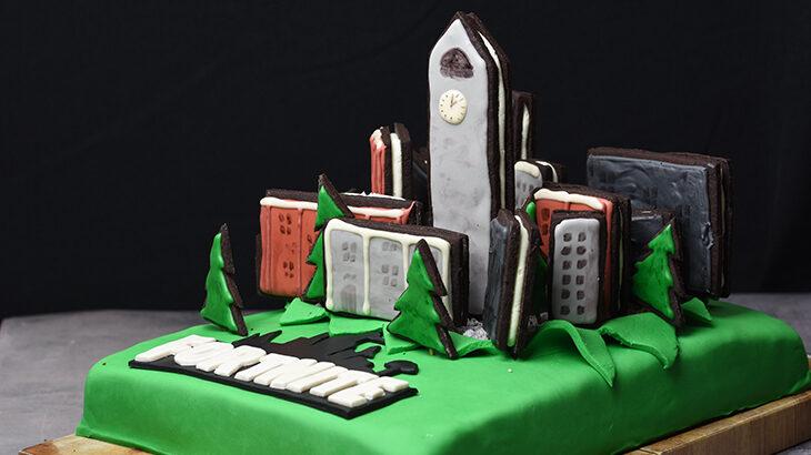 Fortnite Tilted Towers cake - mudcake - lækker chokoladekage