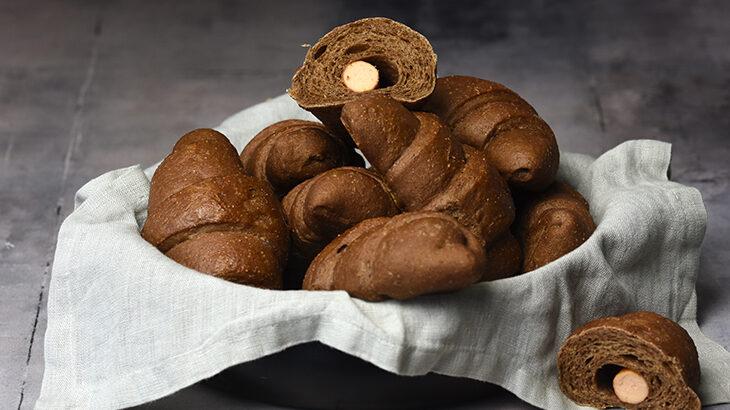 Maltbrød lavet om til pølsehorn