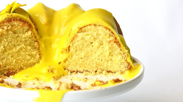 citronskærekage med citron glasur