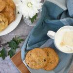 Cookies med hvid chokolade, tranebær og peanuts