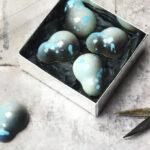 Fyldte chokolader med lakridsganache