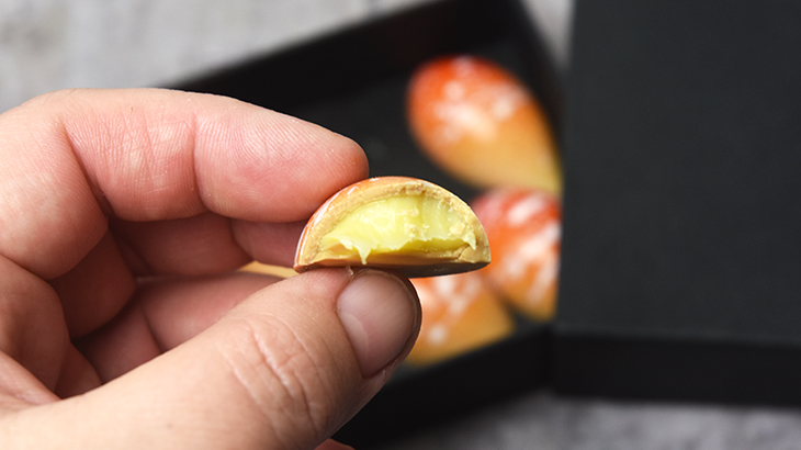 fyldte gold chokolader med passionfrugt - tantestrejf.dk