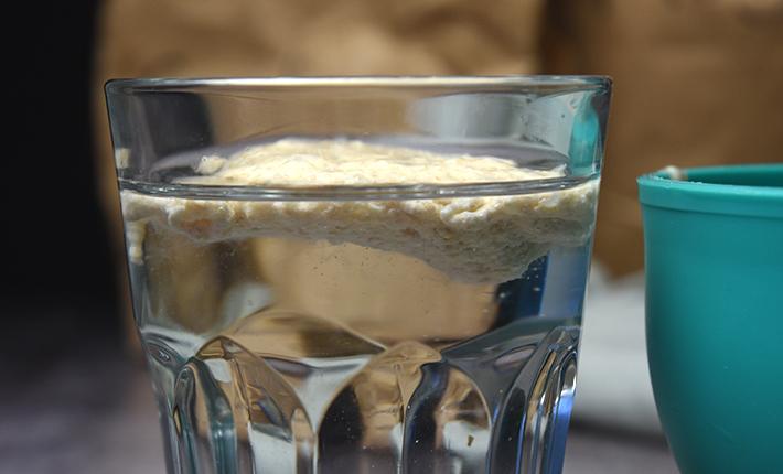 Surdej - kan din surdej flyde ovenpå vand er den klar til at blive bagt med.
