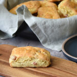 Bacon scones med cheddar