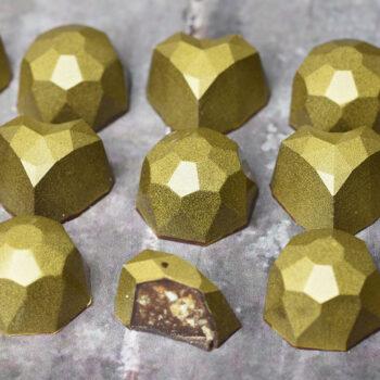 fyldte chokolader med appelsinkrokant